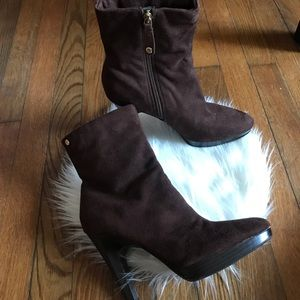 Isaac Mizrahi Brea Ankle Boots